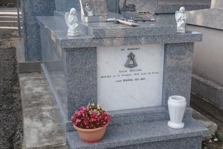 Placage en granit de tombeaux