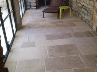 Dallage en pierre dure de Dordogne