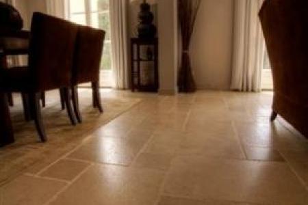 Dallages intérieurs et extérieurs en pierre dure de Bourgogne