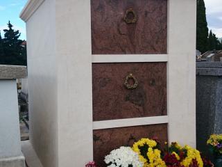 monuments en pierre d'Estaillades