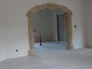 Arche sur colonnes
