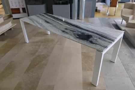 Tables en pierre sur mesure
