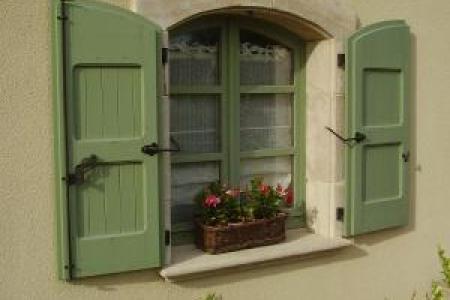 Les encadrements d'ouverture fenêtres et portes