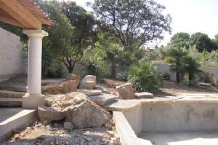 Colonnes et colonnades en pierre
