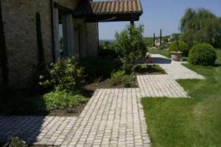 Création et pose de pavés d'extérieur en pierre
