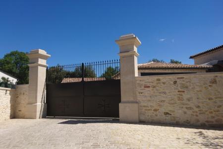 Piliers de portail / terrasses & colonnes en pierre