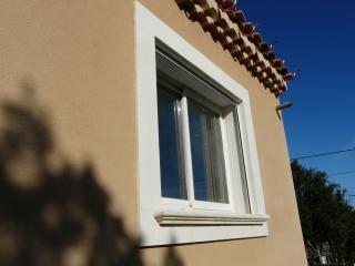Couvertines, seuils et appuis de fenêtre et portes en pierre