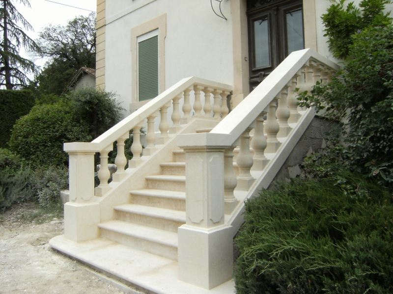 balustrade de balcon elegant garde corps balcon with. Black Bedroom Furniture Sets. Home Design Ideas