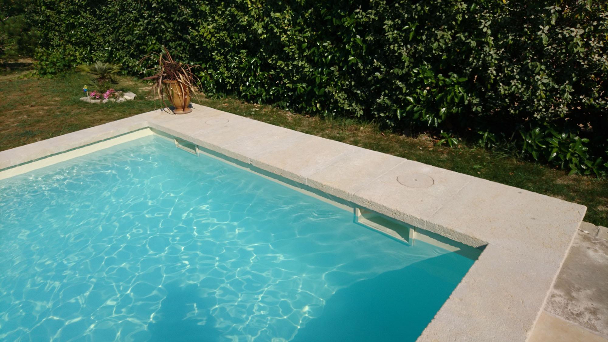 Marbrerie tailleur de pierre marbre granit cuisine sur - Revetement de piscine resine colombes ...