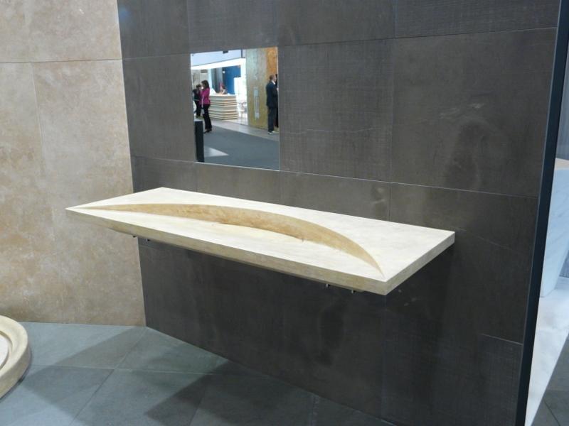 Plan vasque pierre fabulous salle de bains stone with for Plan de salle de bain en longueur